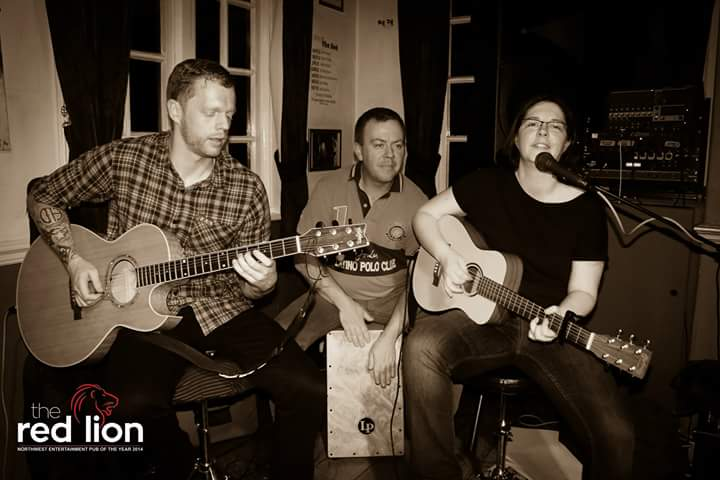 The Ghosties playing acoustic music at the Red Lion pub, St Helens